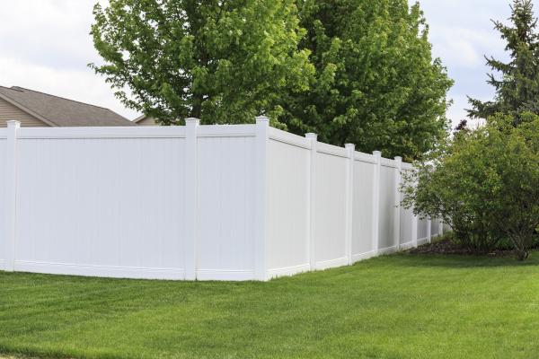 Mr Fence It White Fence